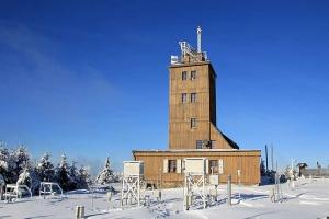 fichtelberg-weerstation-voorzijde